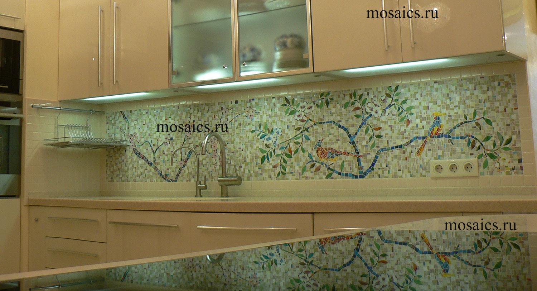 Панно для большой кухни из мозаики Птицы